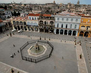 The Plaza Vieja. An unavoidable space
