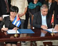 Cuba, China to Sign Biotechnology Agreement