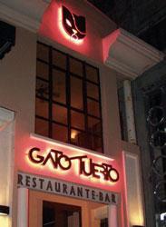 Gato Tuerto, A Bohemian Hang-Out