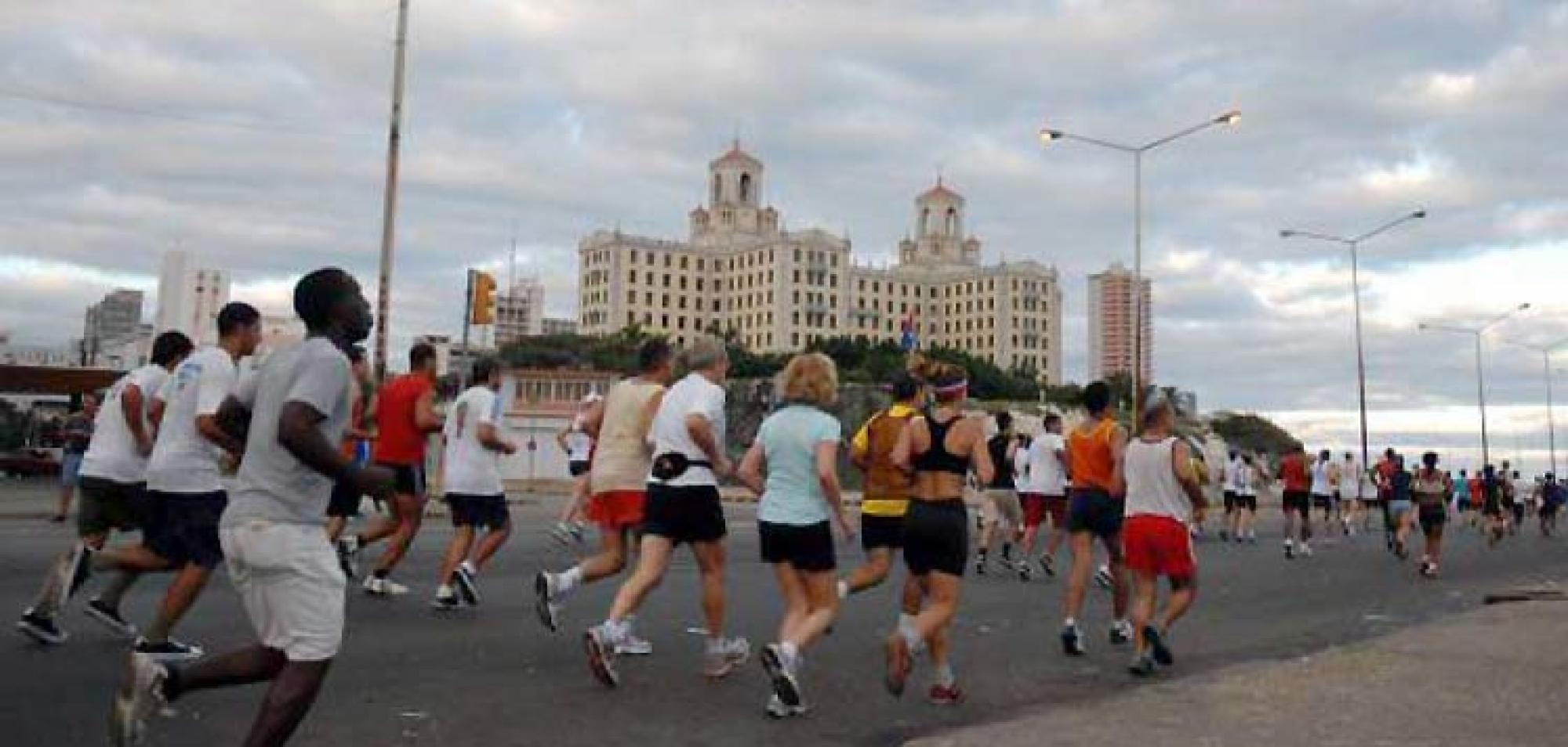 Over 1,000 Foreigners Confirmed for Marabana Marathon in Cuba