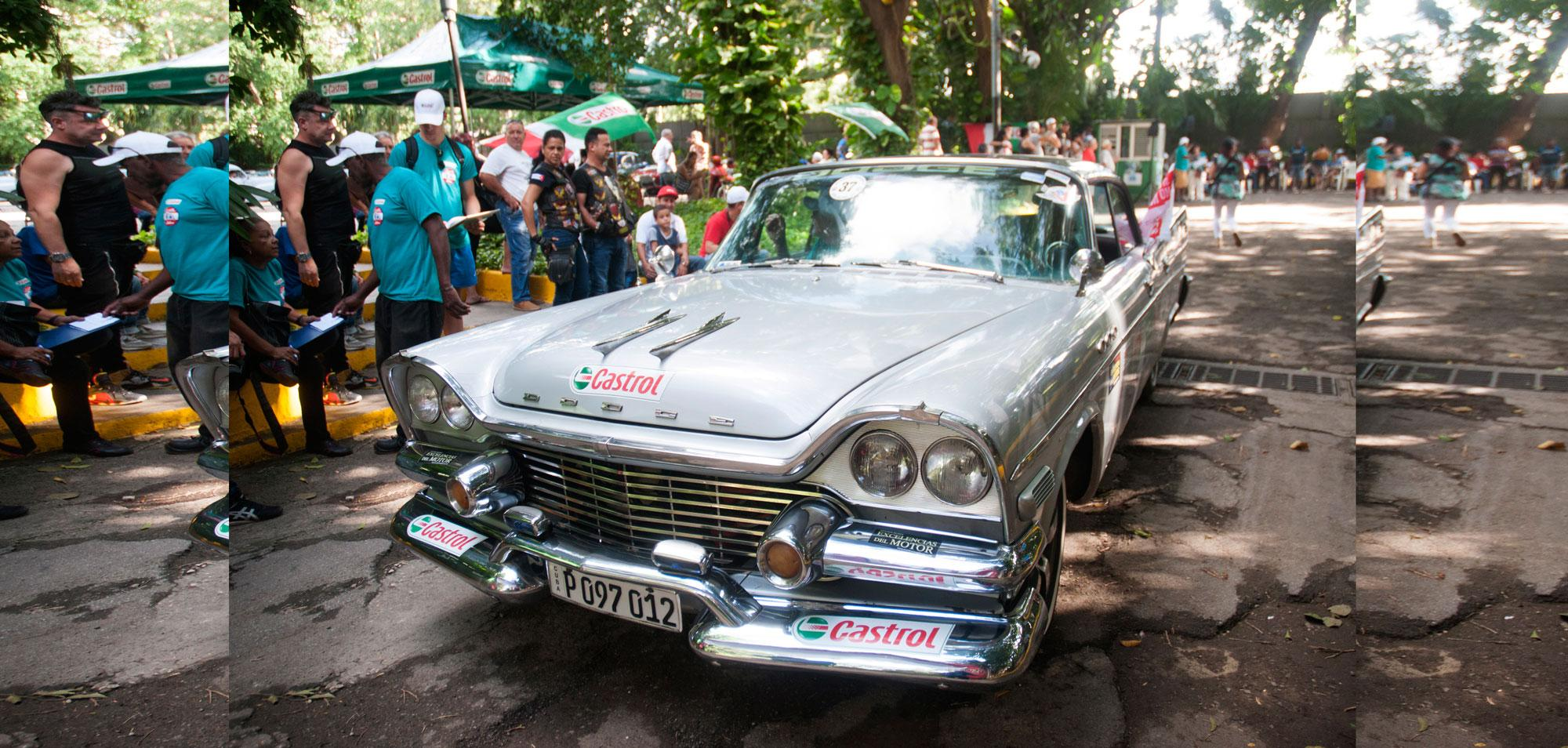 Havana's 500th Birthday Maeked with Vintage Cars Rally