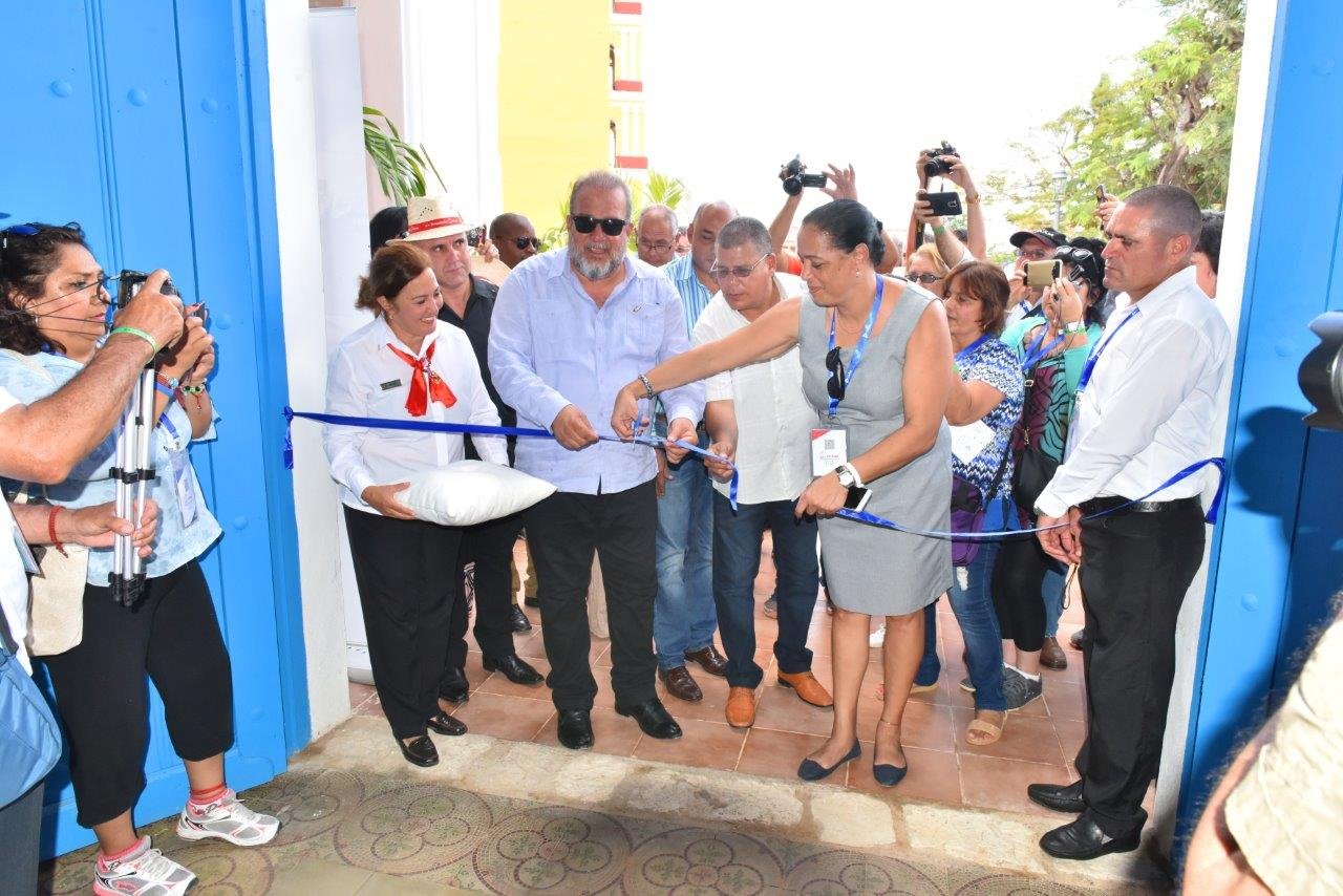 Cuban Minister of Tourism inaugurates hotel in Remedios
